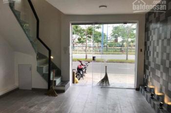 Cần bán nhà MT  Nguyễn Cảnh Chân, Q.1 . Diện tích: 4,5x18m giá 25 tỷ. 0909 299 204