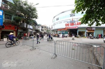 Bán nhà cũ chợ Gia Lâm 40m2, 2.6 tỷ