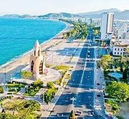 Cho thuê khách sạn ngay trung tâm thành phố Nha Trang.