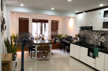 Cần cho thuê nhà góc 2 mặt tiền đường Phan Văn Trị, Phường 9, Quận Gò Vấp, 6x18m, 60tr/tháng