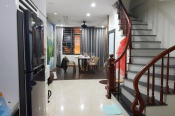 Bán nhà Bồ Đề 5 tầng 74m2 MT 4.5m giá 6.3 tỷ (trung tâm Long Biên)
