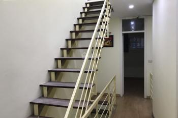 Nhà đẹp Đội Cấn DT 50m2x4T, MT 3.5m nhà đủ điều hòa tủ bếp bàn ăn giá tốt 12.5tr/th. LH 0968063506