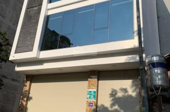 Cho thuê toà nhà 6 tầng phố Trần Cung 70m2 * 6 tầng, MT rộng 9,5m 42tr/tháng. LH: 0985030081