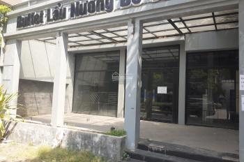 Cần bán biệt thự mặt đường đôi cạnh hồ văn quán 0965847012.