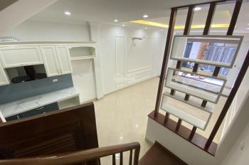 Bán nhà mới tinh, tân cổ điển cực đẹp, nội thất xịn phố Đội Cấn, Ngọc Hà, Ba Đình, 48m2, 4.75 tỷ