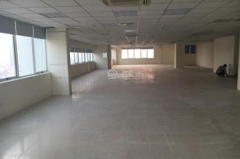 Cho thuê văn phòng tại phố Thành Thái - Duy Tân. Diện tích 500m2, cắt lẻ 200m2 giá 200 ng/m2/th