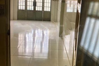 Nhà nguyên căn cho thuê hẻm 3m Nguyễn Ngọc Lộc Q.10,DT 3x10m,Giá 10tr