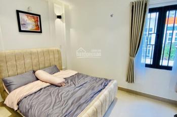 Cho thuê Nhà 2MT Cao Đức Lân, Quận 2. DT:600m2, giá 60tr.