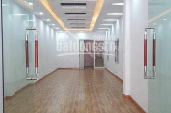 Cho thuê nhà mặt phố Quan Nhân, 80m2 x 3 tầng, thông sàn