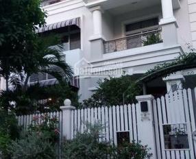 Bán nhà MT Đoàn Thị Điểm thông Phan Xích Long, Q. Phú Nhuận. DT 6,4x20m, trệt 3 lầu giá đầu tư