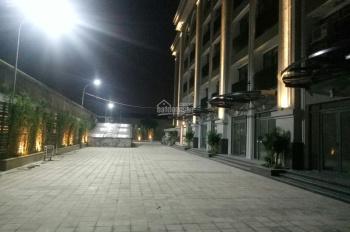 Cho thuê ki ốt 2 tầng full kính, giáp Vinhomes Long Biên - sử dụng luôn, kinh doanh thuận lợi