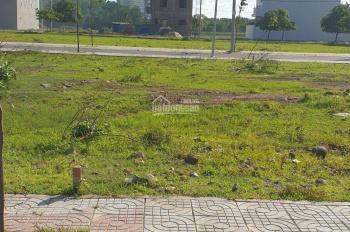 Mình cần bán lô đất tại thành phố Bà Rịa 5x20m, giá 1.1x tỷ, đường nhựa vỉa hè 15m