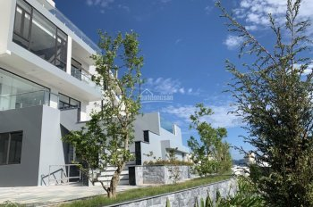 Chính chủ cần bán biệt thự GÓC trên đồi trung tâm Bãi Cháy - xây 4 tầng - view Vịnh
