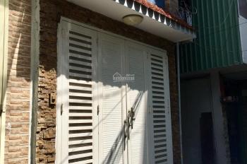 Chính chủ cho thuê nhà nguyên căn: 1 trệt, 2 lầu, 1 sân thượng 30m2, hẻm 333 Trần Bình Trọng, Q5