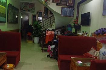 Chính chủ cần bán gấp nhà mặt phố phường Đồng Tâm, Thành Phố Vĩnh Yên, mt rộng, kinh doanh tốt