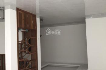 Cần tiền bán gấp nhà 124m2 x 4,5 tầng, mặt tiền 8,5m, nở hậu mặt phố Phú Xá, kinh doanh sầm uất