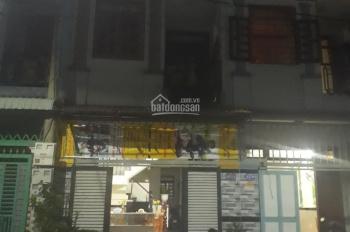 Bán nhà một lầu một trệt, gần chợ Tân Phước Khánh 0978276268