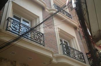 Chính chủ cho thuê cả nhà 93m2 x 4T, mặt tiền 7m, phố Vân Hồ 3. LH 0981858888