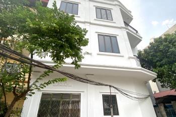 Bán nhà 3 mặt ngõ đối diện trường c3 Lê Lợi phố Bà Triệu, sát chợ Hà Đông sân vận động