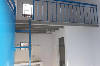 Còn phòng nằm trong KDC Minh Tuấn- đường Đỗ Xuân Hợp, P. Phước Long B, Q. 9