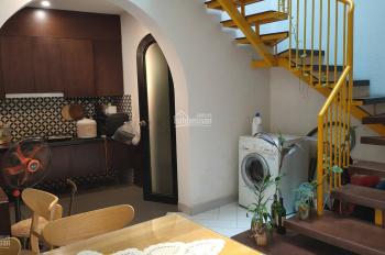 Chính chủ cho thuê nhà phố Hoàng Hoa Thám, 45m2 x 2 tầng, 2 PN, 2WC, full đồ
