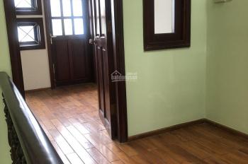 Nhà 4PN hẻm 8m đủ tiện nghi 14tr đường Lê Thị Hồng, ưu tiên nhà đông người thuê, nhà mới 0705034176