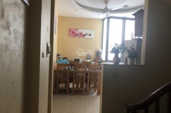Cho thuê gấp nhà 5 tầng Mậu Lương, Kiến Hưng đầy đủ đồ giá 11.5tr/tháng. LH 0983477936