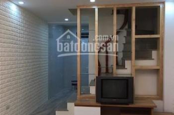 Cần bán nhà đẹp phố Hồng Mai, 28m2x5T, MT 3.8m, chỉ 2.65 tỷ, KD online, cho thuê. LH: 0971227992