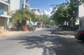 Bán nhà đầy đủ nội thất mặt tiền đường A2 KĐT VCN Phước Hải NT. LH 0931508478