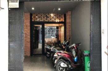 Cho thuê nhà HXH, 8x30m, 2 tầng, Trần Đình Xu, Quận 1, giá 120tr ~ 5,155USD