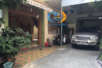 Nhà Quận Tân Bình. Villa Thân Nhân Trung 10x15m, Phường 13