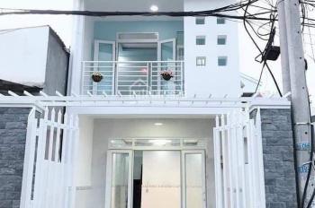Nhà cần bán 1 trệt 1 lầu hẻm 48 Phú Lợi đường nhựa rộng bao la 2 tỷ 700 triệu, LH: 0907181192