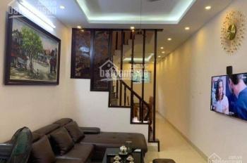 Cho thuê nhà mặt phố Nguyễn Ngọc Nại 160m2 x 5T