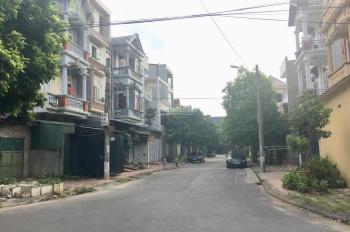 Cần tiền bán lô đất 113m2 gần trường mầm non Sao Mai, Liên Bảo, Vĩnh Yên, giá đầu tư LH 0973612030
