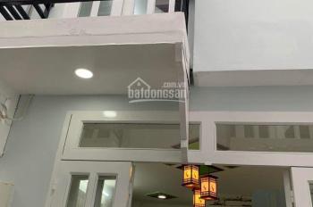 Gia đình kẹt tiền bán nhà chính chủ 1 trệt 1 lầu, SD 40m2, 830tr, Đông Hưng Thuận, Triều 0788753331