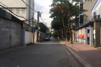 Bán đất 64.8m2, MT: 4m, ngõ ô tô vào, ngõ thông, sát cạnh trường C2 Sài Đồng, giá chỉ 55tr/m2