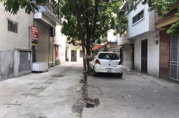 Ô tô đỗ 2 cửa nhà - trung tâm Thanh Xuân 36m2 x4 tầng, gần phố, bán đất tặng nhà, giá chào 4 tỷ