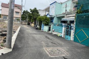 Cần bán gấp lô đất ngay chợ Thủ Đức Hồ Văn Tư diện tích 70m2 giá rẻ 62tr/m2, sổ riêng thổ cư 100%