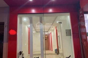 Cho thuê mặt bằng kinh doanh mặt phố Quang Trung, Hà Đông 90m2 phù hợp showroom, thời trang