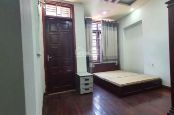 Gia đình cần bán gấp nhà ở trong ngõ 106 Lê Lai, Nhà cách chợ 10m - Phường Lạc Viên - Ngô Quyền