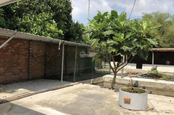 Trang trại 760 m2 có sẵn nhà 73m2 và giếng nước, ao chuồng