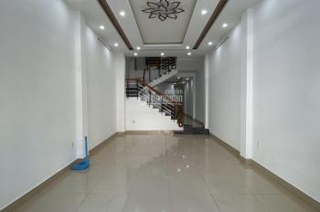 Bán nhà 3 tầng MT Đường Huỳnh Ngọc Huệ, kinh doanh cực tốt