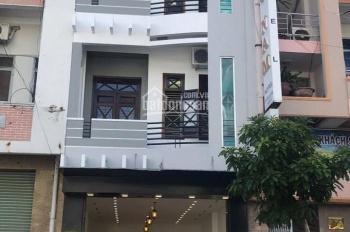 Khu văn phòng 3 Lầu đường VIP nhựa 15m Cư Xá Lữ Gia, (DT: 4x14,65m) - giá: 12,3 tỷ - 0938214886