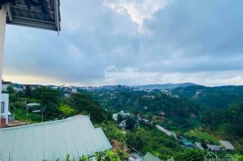 Bán miếng đất tại TP Đà Lạt 492m2 có sẵn BT, khí hậu mát mẻ quanh năm, với view toàn cảnh rừng