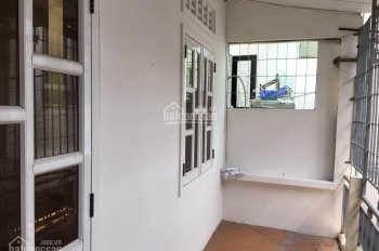 Cần bán nhà kiệt Nguyễn Thị Minh Khai - Cách đường chính vài bước chân