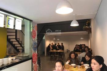 Cho thuê cửa hàng mặt phố Hàng Khay, DT: 20m2, mặt tiền: 4,2m, giá thuê 35 triệu/tháng
