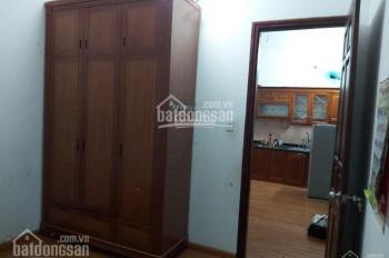 Chính chủ cần bán gấp căn hộ 60m2, 2PN tại N1 Vĩnh Phúc, Ba Đình