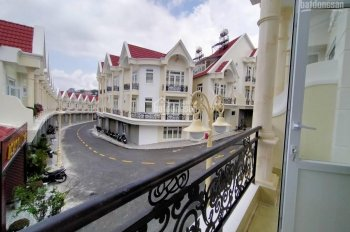 Mở bán dãy nhà phố liên kế đường Nguyễn Trung Trực siêu view lớn và đẹp nhất Đà Lạt