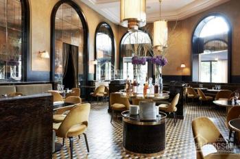 Cho thuê nhà hàng phong cách Hội An thoáng, có sân rộng tại P. 7, Q. 3 DT 570m2 giá 116 triệu/th
