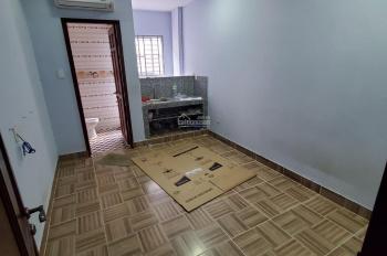 Phòng mới, đẹp, anh ninh gần chợ Bà Chiểu, free tiền phòng T7 cho khách thuê sớm. LH: 0909534588